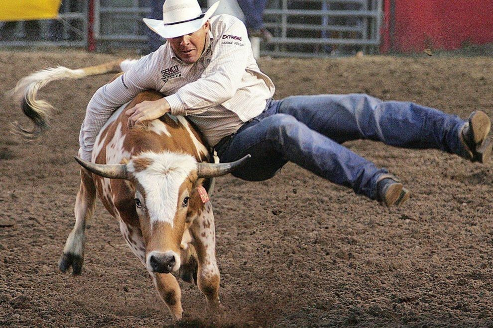 Roundup Rodeo Steer Wrestling
